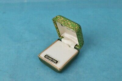 1940s Jewelry Styles and History VINTAGE 1940's ART DECO GREEN AND GOLD JEWELRY RING TRINKET BOX $39.99 AT vintagedancer.com