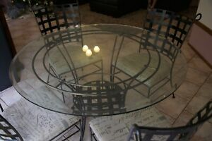 Glass round table & chairs