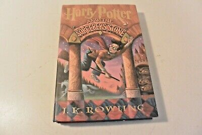 Harry Potter and the Sorcerer's Stone, 1st American Edition 1998 Hardcover Book