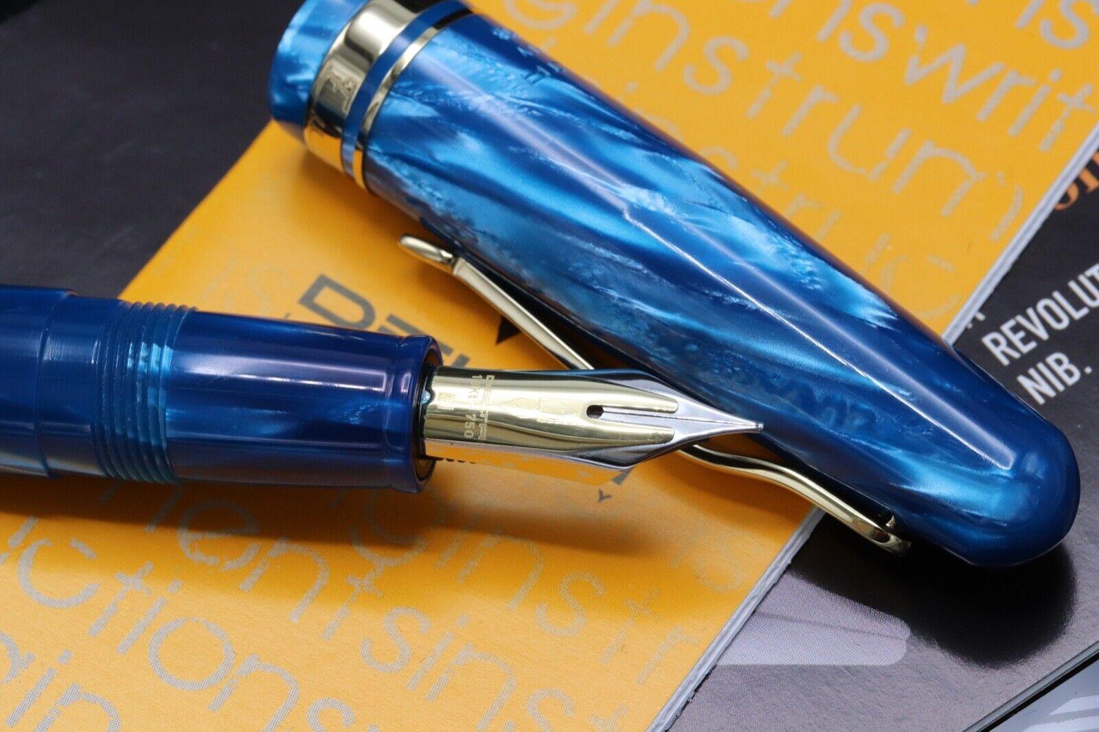 Delta Fusion 82 Limited Edition Turchese Celluloid Fountain Pen - 06/18 2