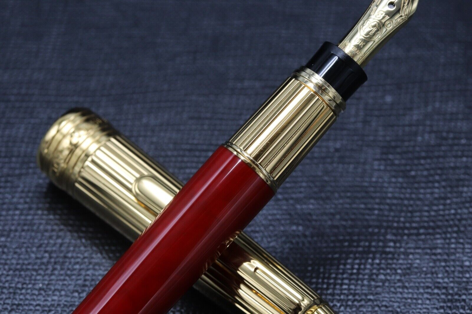 Montblanc Meisterstuck Mozart Coral-Red Gold-Plated Fountain Pen - UNUSED 3