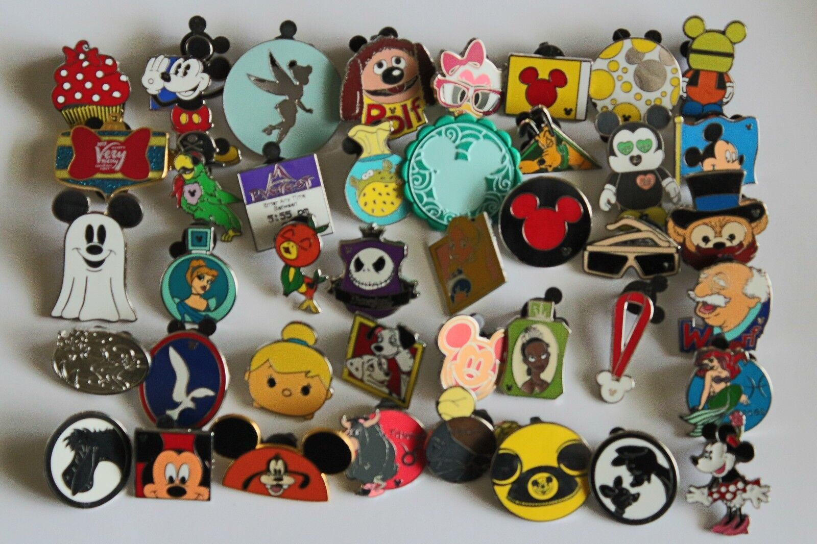 Disney-Pin-Trading-Lot-of-50-Assorted-Pins.-No-Doubles.-100%Tradable.