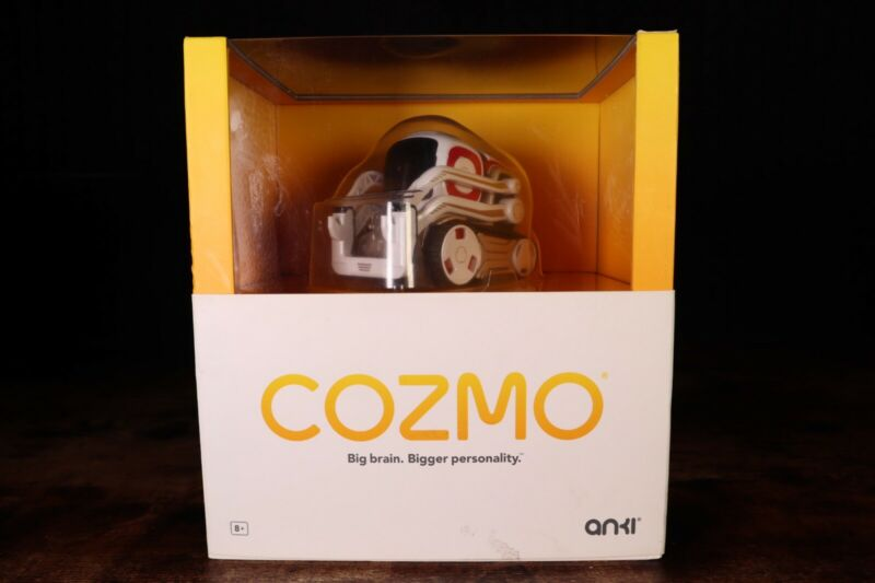 COZMO By Anki Robot Cosmo - Excellent condition.