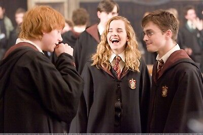 NEW 6 X 4 PHOTOGRAPH BEHIND THE SCENES HARRY POTTER 11