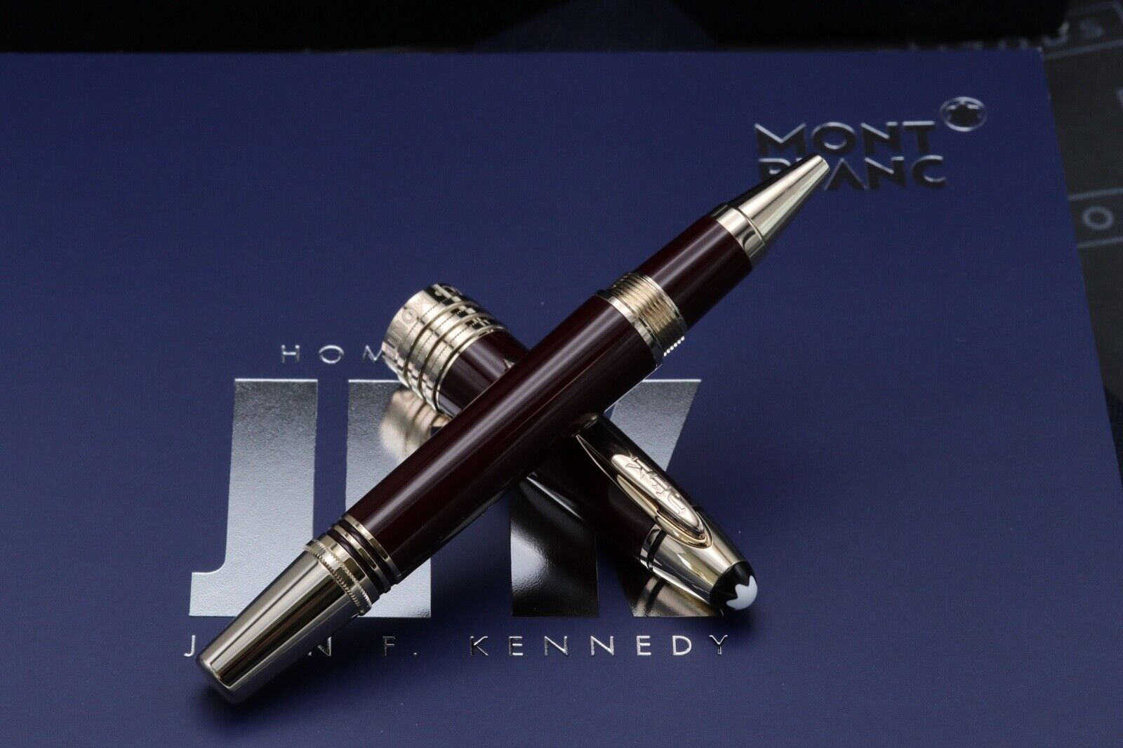 Montblanc Great Characters JFK Burgundy Special Edition Rollerball Pen 1