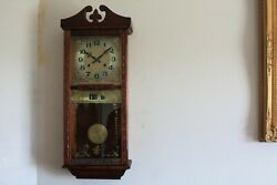 nice old  .....WALL CLOCK CHIMING  with day and date feature.......working good