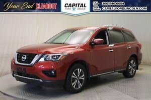 2017 Nissan Pathfinder SV 4X4 * Sunroof * 3rd Row *