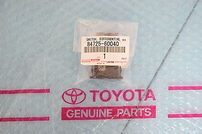 GENUINE Toyota Land Cruiser Lexus LX450 Central Differential Lock Switch CDL