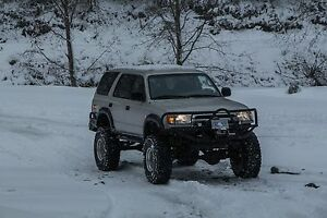 1996 solid axel swapped 4Runner