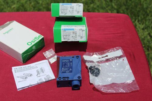 Schneider/Telemecanique XUX-0ARCTT16 Photoelectric Sensor  NEW **7 PICTUES***