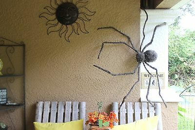 Glowing Eyes Halloween Prop (REALISTIC HAIRY SPIDER JUMBO GIANT GLOWING EYES Prop Halloween NEW Haunted)