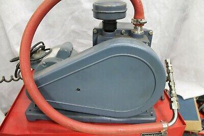 Welch Duoseal Vacuum Pump Model 1402b-01
