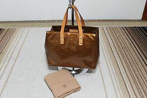 Authentic-LOUIS-VUITTON-Bronze-Vernis-Patent-Leather-Reade-PM-handbag - 300 x 200  15kb  jpg