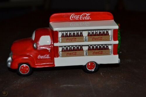 COCA COLA Delivery Truck Dept 56 Christmas Village House Accessory 54798 NEW