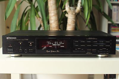 Pioneer F-757 FM Stereo Radio Tuner