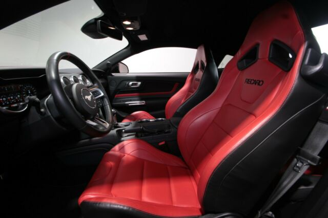 Ford Mustang GT 5.0 Ti-VCT V8 Deutsches Modell 1Hand
