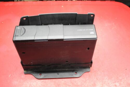 FORD LINCOLN MERCURY - 6 DISC CD CHANGER + CARTRIDE MADE BY ALPINE