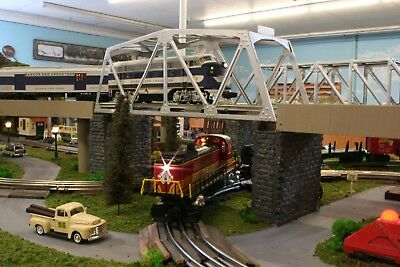 Train Layout, O Scale Postwar Lionel D-148-L , professional Layout, Ready to Run