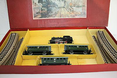 Märklin CM 827 /3 Zugpackung Personenzug mit Tenderlok CM  800  AC  Spur HO