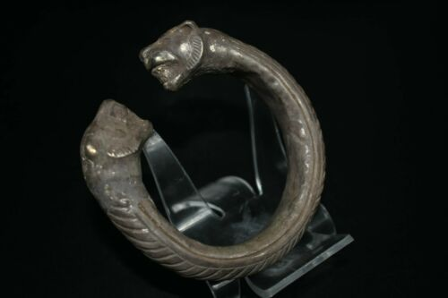 Authentic Ancient Roman Greek Silver Lion Head Bracelet Weighing 40 Grams