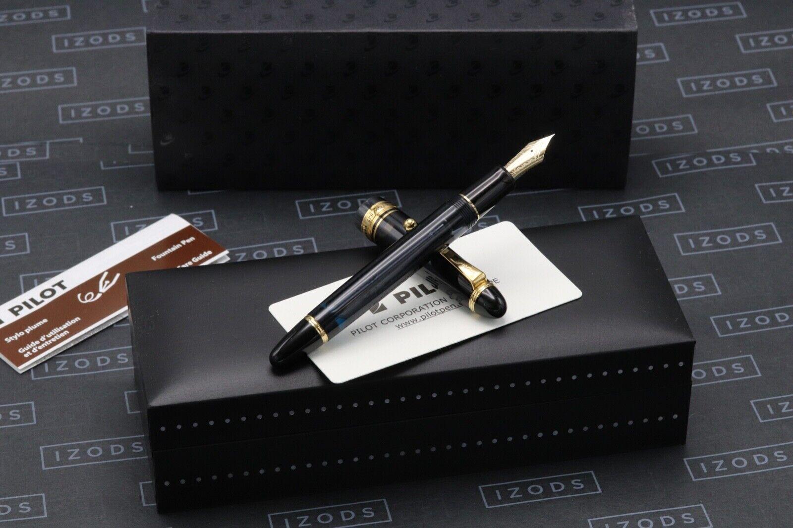 Pilot Custom 823 Smoke Fountain Pen