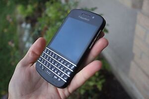 Blackberry Q10 16GB (factory unlocked) for very low price