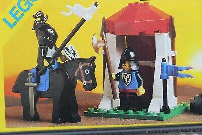 Vintage (1988) LEGO Castle Black Falcons set 6035 Castle Guard - Very Nice