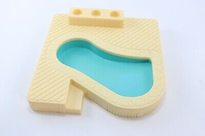 Vintage Fisher Price 2526 Swimming Pool Little People Play Family House Parts
