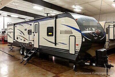 New 2020 32RBFQ Bunkhouse Travel Trailer with Bunks & Outdoor Kitchen Never Used