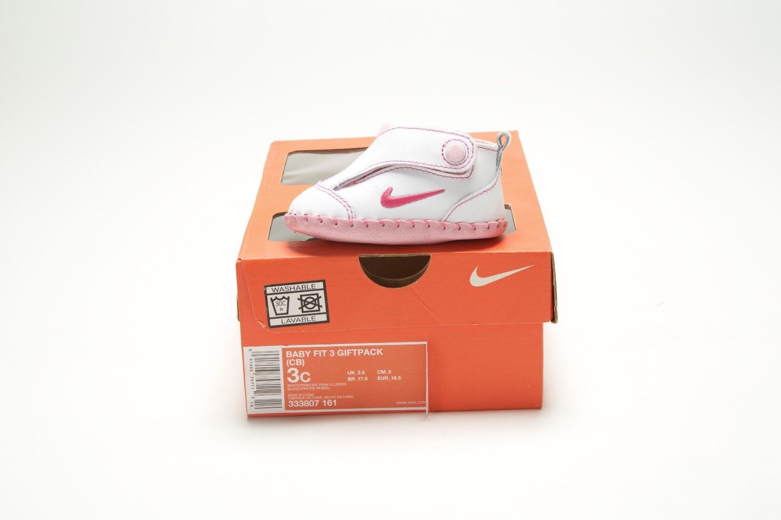 VINTAGE 2008 NIKE BABY FIT  GIFT PACK (CB) 333807-161 WHITE/PINKFIRE (MSRP: $30)