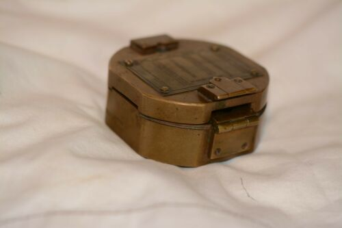 Vintage/Antique Brass Natural Sine Stanley London Compass