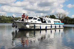 Boat share for sale on the Norfolk Broads - LIGHTNING 43ft 7berth cabin cruiser