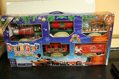 North Pole Express Christmas Train Set 33 Pieces - Remote Control By EZTEC 37297