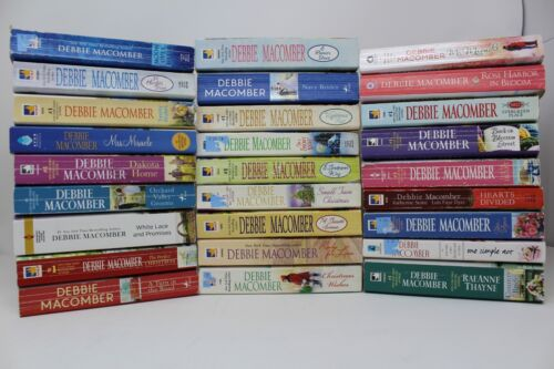 Lot of 10 Debbie Macomber Random Mix/Unsorted PB
