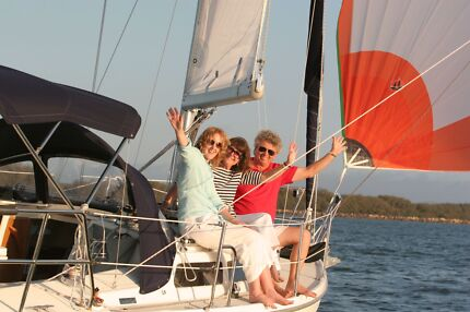 Learn to sail or sail for fun- perfect Christmas gift voucher