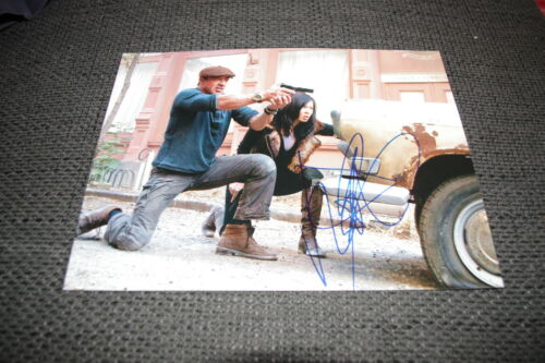 """YU NAN signed Autogramm auf """"THE EXPENDABLES 2"""" Bild InPerson SYLVESTER STALLONE"""