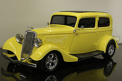 Ford : Other Sedan 1934 Ford 2 Door Sedan Street Rod Steel Body 350ci V8 Auto AC Leather Power DB