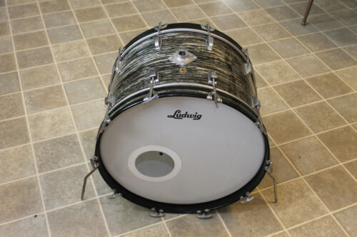 """1967 Ludwig """"Black Oyster Pearl"""" 14"""" x 22"""" bass drum."""