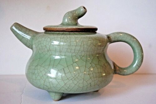 CHINESE CELADON  GREEN CRACKLE STYLE SMALL TEA POT, SEAL MARK