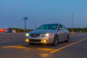 Looking for clean Acura TSX 6 speed MT
