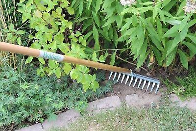 Bakker Gartenharke Harke Rechen Laubrechen mit Holzstiel 12 Zinken