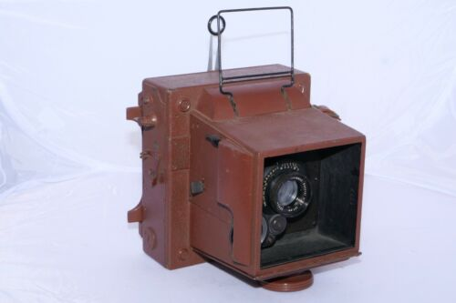 """Civilian Combat Graphic """"45"""" Camera. Rare Rigid Body 4x5 camera from WWII era."""