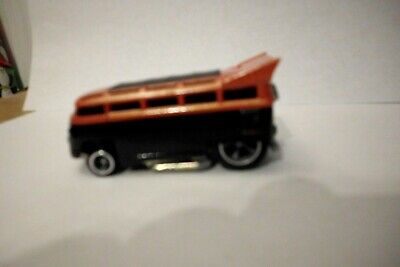 Hot Wheels - T1 Drag Bus