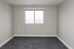 Shared Student Apts in Downtown London - ALL INCLUSIVE + WIFI London Ontario image 7