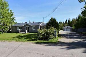 Maison - à vendre - Val-d'Or - 23257058