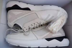 DS Size 10 US Adidas Tubular white/off-white