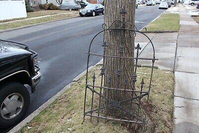 Antique Cincinnati Iron Fence Co. Wrought Iron Gothic Cemetery Garden Fence Wrought Iron Garden Fencing