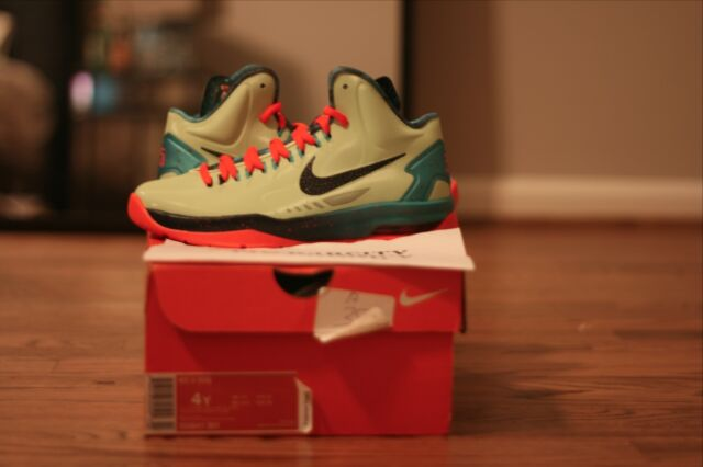 KD 5 (GS) 'Extraterrestrial' - 555641-301 - Size 4 - wHSefoI