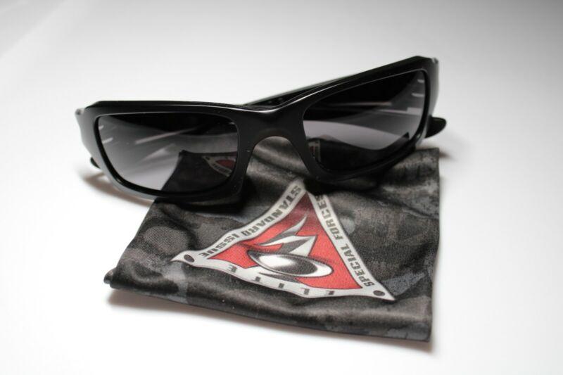 New Oakley Fives Squared Unisex Sport Sunglasses with Matte Black Frames