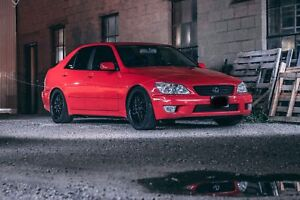 CLEAN Lexus is300 saftied & etested